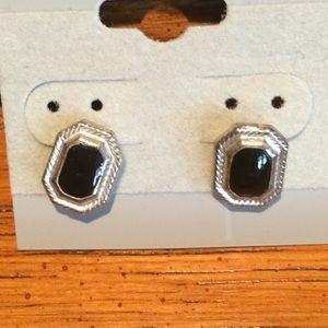 Jewelry - 2 Pairs Of Black Stud Earings